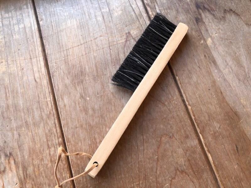 木製デスクブラシ