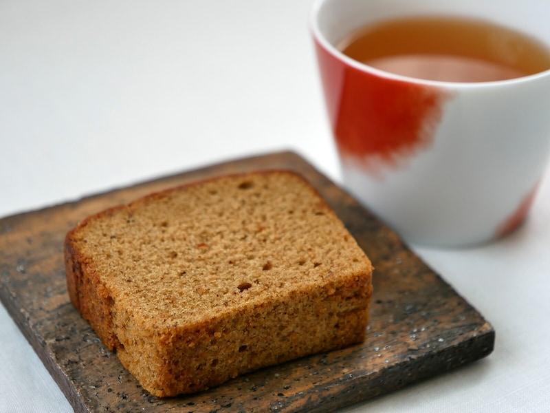 横濱いせぶらパウンド「ごぼう茶」