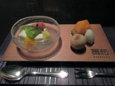 甘味/もちもち杏仁豆腐