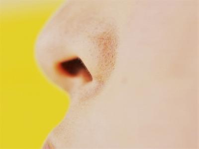 鼻毛1本で印象が変わってしまうかも……