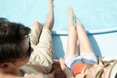 プールや温泉など、普段なら腕時計を外すシチュエーションもシリコン製なら問題なし