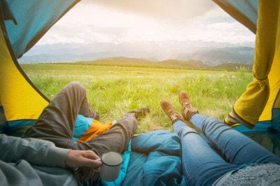 家族や友人、大切な人とテントでゆっくり過ごしたい!