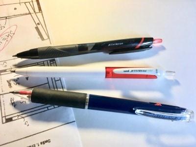 ジェットストリームの赤ペン