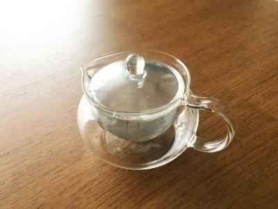 本体、フタ、茶こしのセットです。