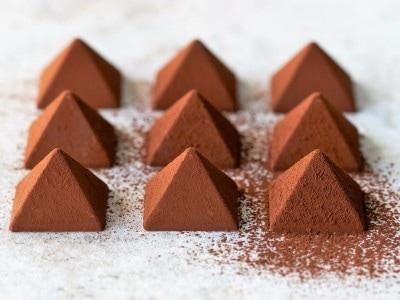 美味しさの秘密はこの美しい三角のピラミッド型にあり!