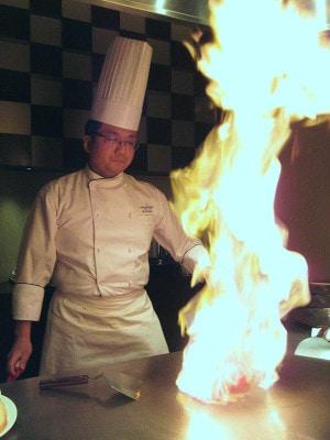 ホテルインターコンチネンタル東京ベイ馬原雄一料理長によるトマトのフランベ