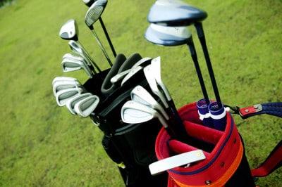 ゴルフバッグを送れるので、ゴルフ場までの移動も楽。