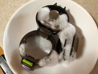 水筒の口の部分は複雑な形なので、泡スプレーがあるととっても便利