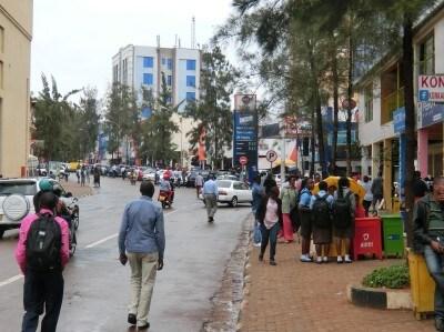ムムジと呼ばれる首都キガリ中心部のビジネス街。悪夢の記憶は消えないものの、今は人々の表情も穏やか。