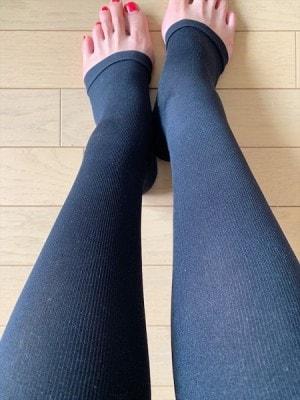 ほど良い締め付け感で疲れた足をサポートしてくれます
