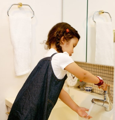 防水加工もなされているので、手を洗う時も外す必要がない