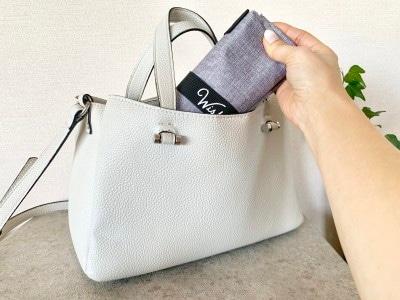 いつもバッグに入れて持ち運べるサイズがうれしい